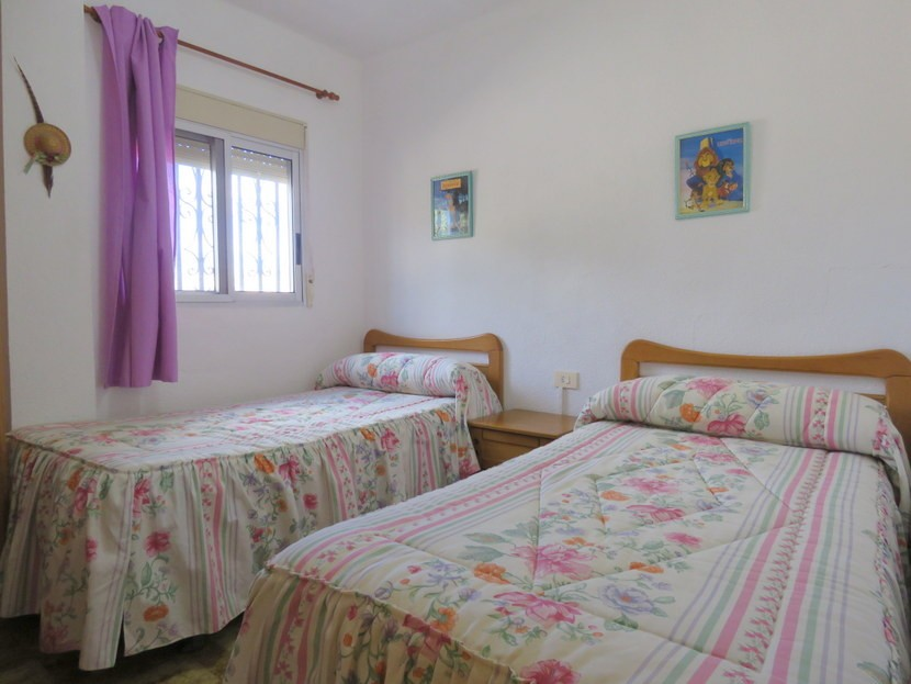 2nd bedroom  - 3 bed 1 bath Pedralba