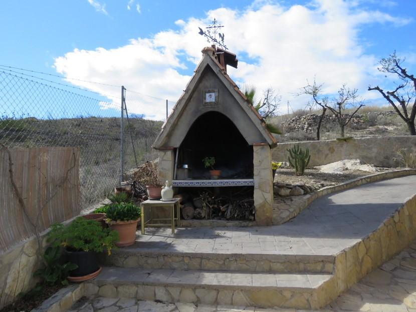 Paellero  - 3 bed 1 bath Pedralba