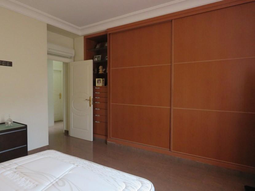 Built in wardrobes  - 5 bed 2 bathroom Almussafes