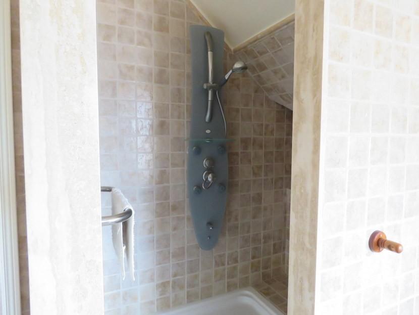 Hydro massage shower  - 5 bed 2 bathroom Almussafes