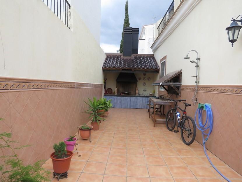 Paellero  - 5 bed 2 bathroom Almussafes
