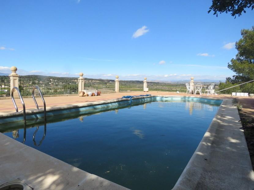 Pool  - 5 bedroom 2 bathroom villa Villamarchante