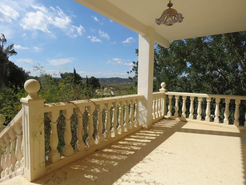 Terrace  - 5 bedroom 2 bathroom villa Villamarchante