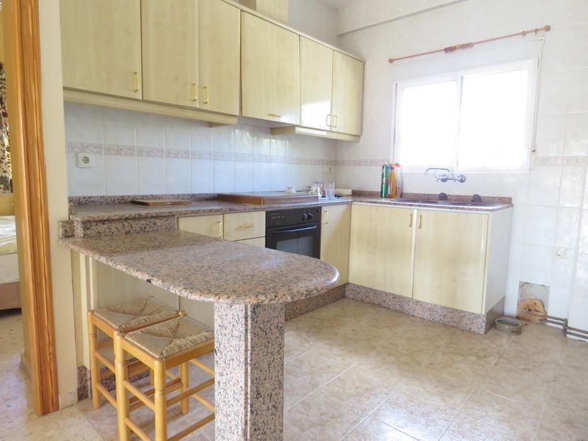 Upstairs kitchen  - 5 bedroom 2 bathroom villa Villamarchante