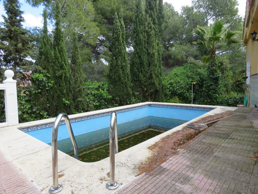 Pool  - 4 bed 2 bath Montserrat