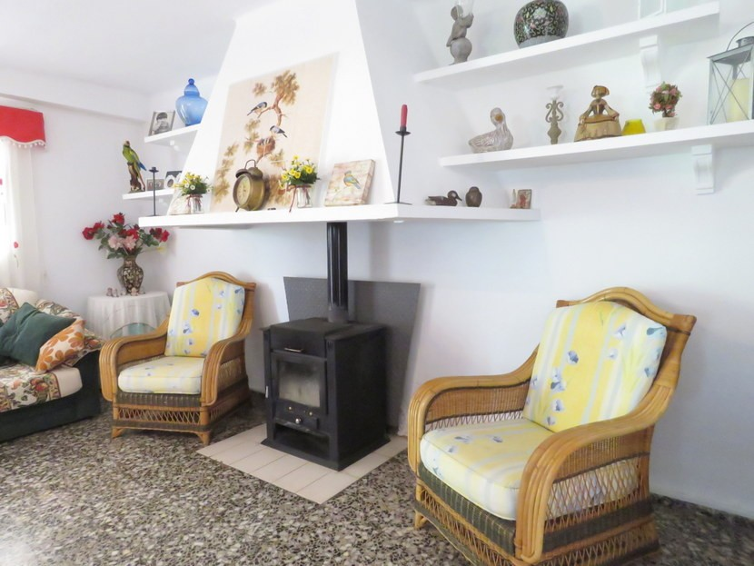 Log burner  - 4 bed 2 bath Montserrat