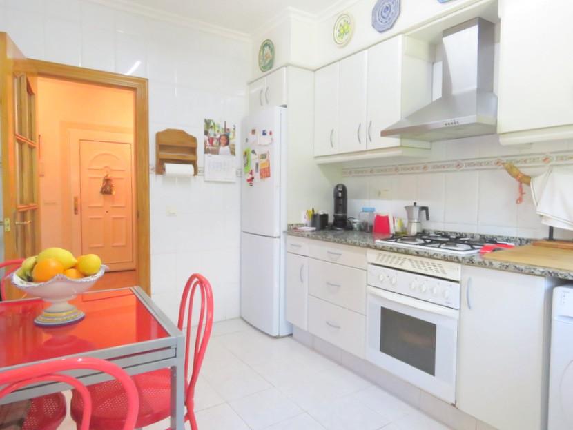 Kitchen - 4 bed 2 bath Olocau