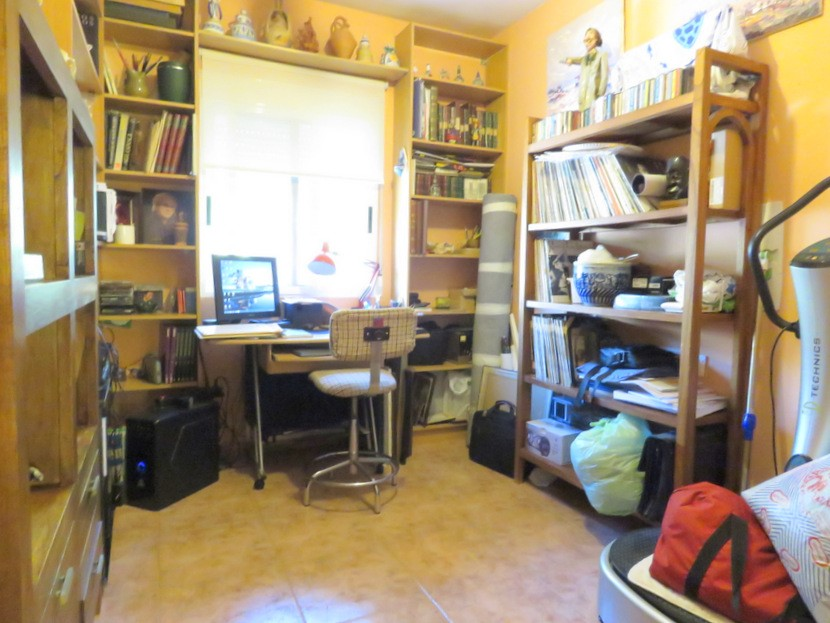 Study / bedroom - 4 bed 2 bath Olocau