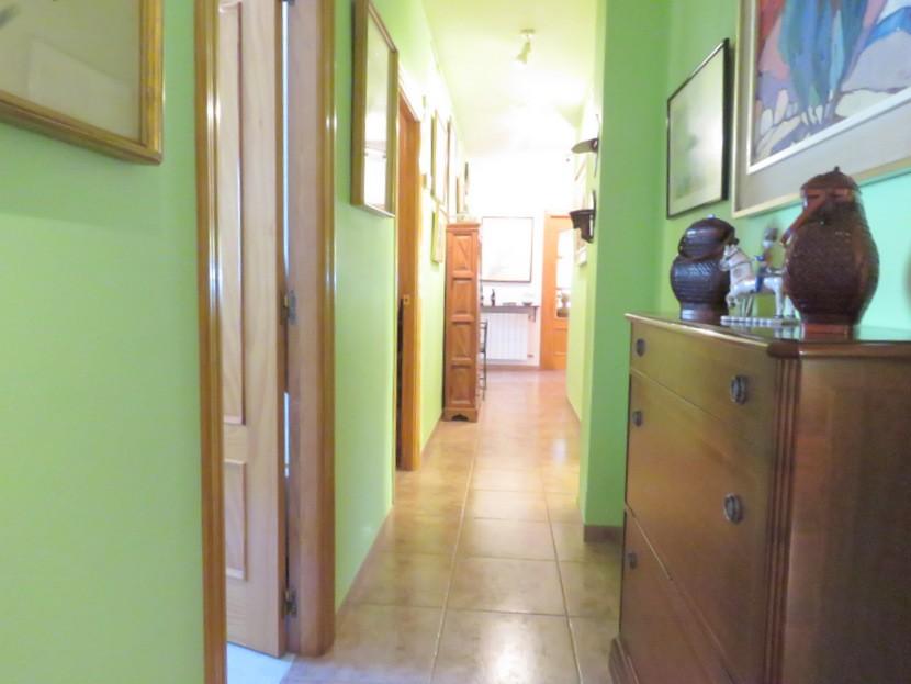 Hallway- 4 bed 2 bath Olocau