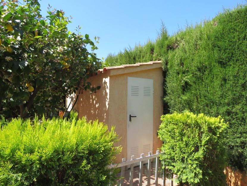 Storage space - 4 bed 2 bath Olocau