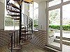 Spiral staircase  - 7 bed 3 bath Picassent