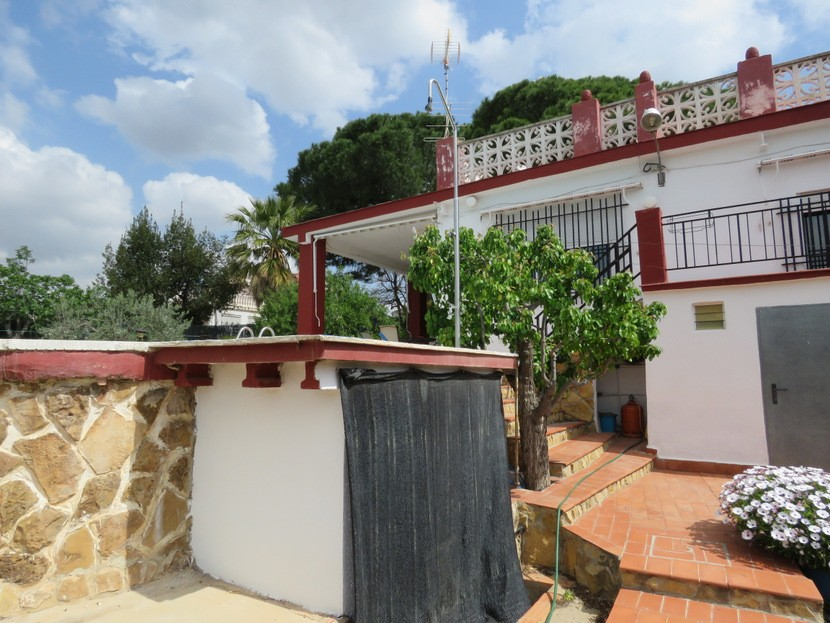 Shower  - 4 bed 2 bath Olocau
