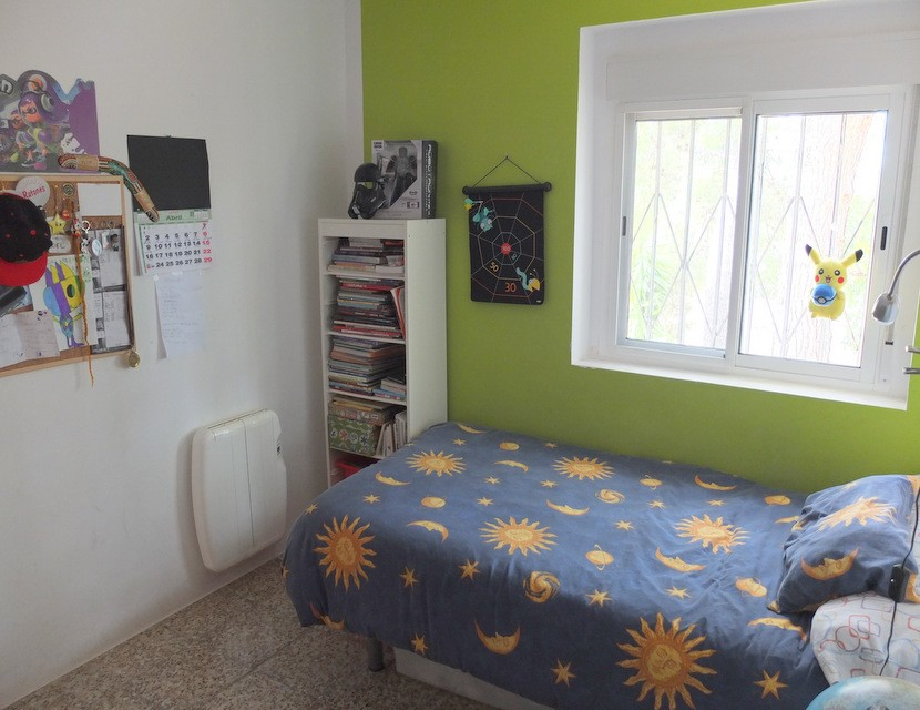 2nd bedroom  - 2 bed 1 bath Olocau