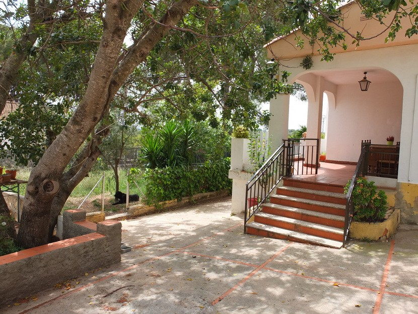 Garden  - 2 bed 1 bath Olocau