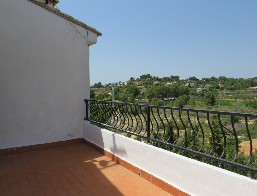 Balcony  - 4 bed 2 bath Godelleta