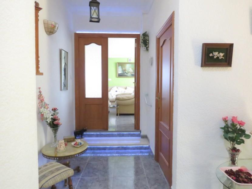 Entrance hall - 6 bed 3 Montserrat