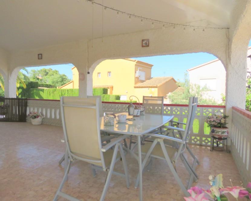 Front terrace - 6 bed 3 Montserrat