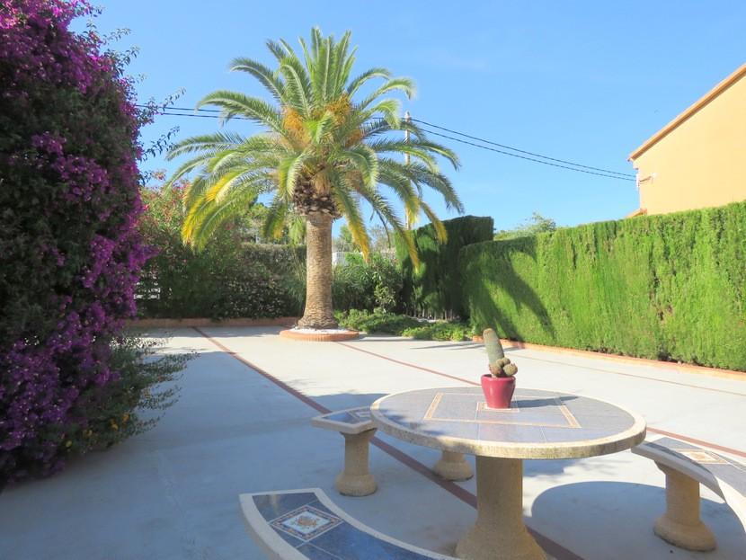Garden - 6 bed 3 Montserrat