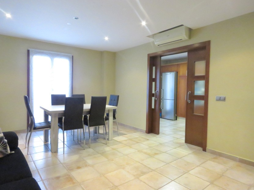 Dining room  - 4 bed 3 bath Alzira