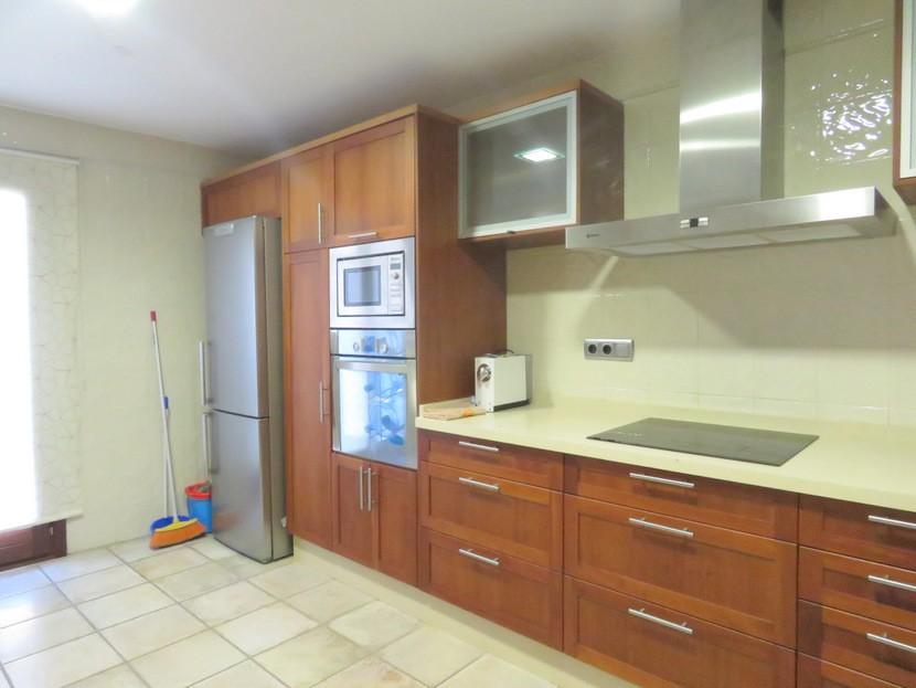 Kitchen  - 4 bed 3 bath Alzira