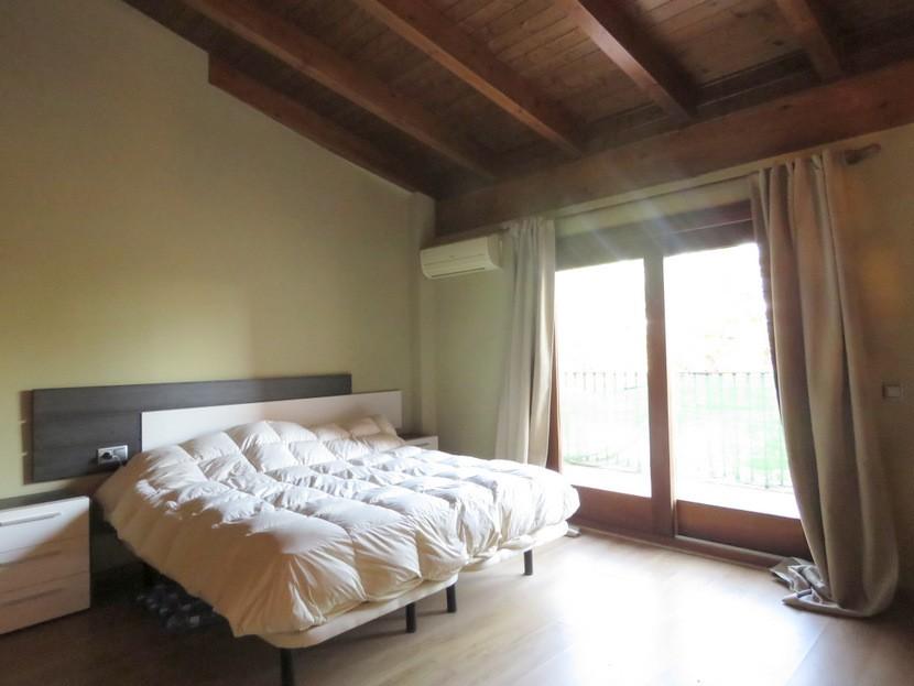 Master bedroom  - 4 bed 3 bath Alzira