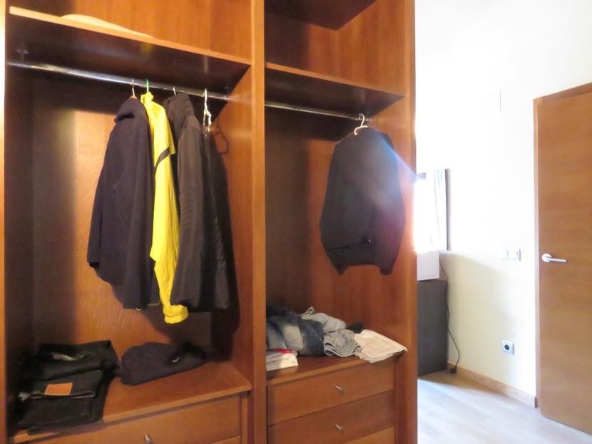 Dressing room  - 4 bed 3 bath Alzira