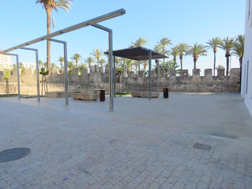 Local area  - 4 bed 3 bath Alzira