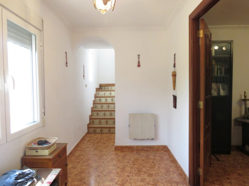 Entrance hall  - 3 bed 2 bath Albalat