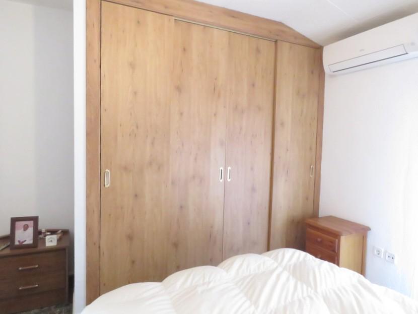 Built in wardrobes  - 3 bed 2 bath Albalat