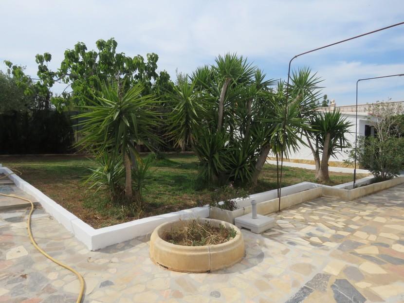 Garden  - 3 bed 2 bath Albalat
