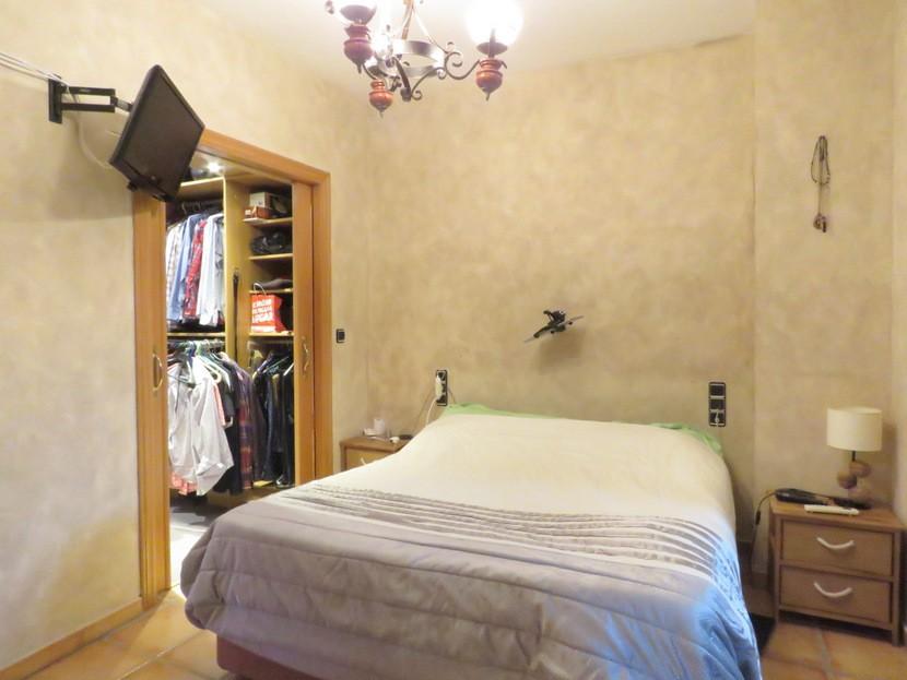 Master bedroom - 5 bed 2 bath Gilet