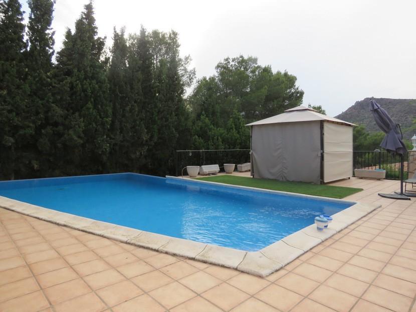 Pool - 5 bed 2 bath Gilet