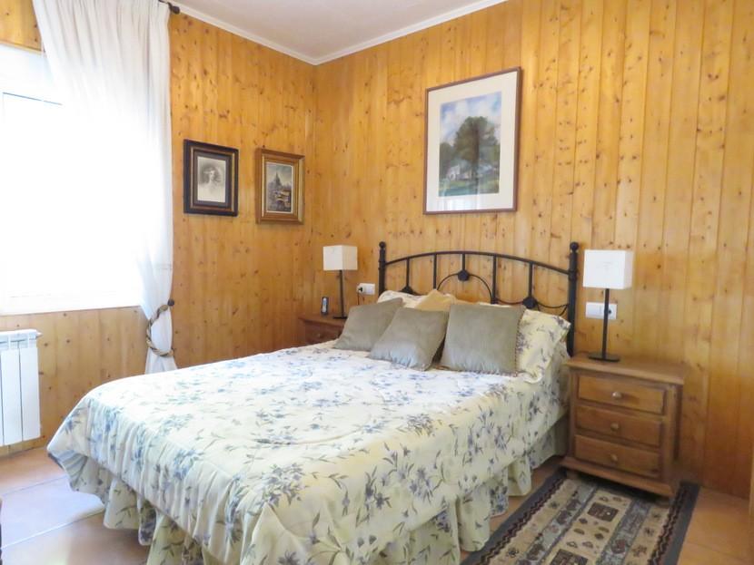 1st bedroom  - 4 bed 2 bath Torrente