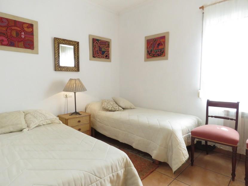 2nd bedroom  - 4 bed 2 bath Torrente