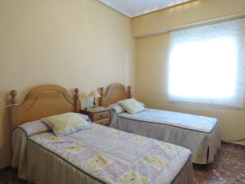 2nd bedroom - 6 bed 4 bath Lliria