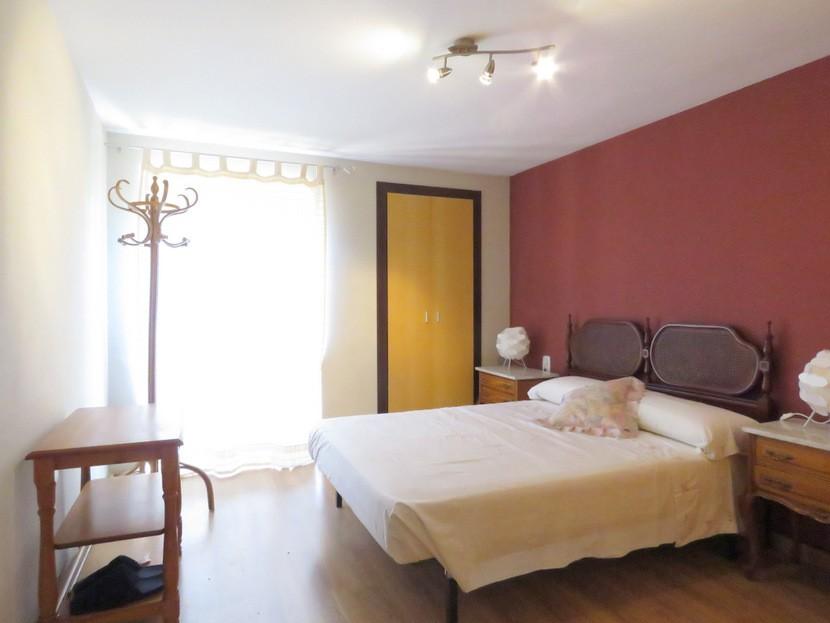 6th bedroom - 6 bed 4 bath Lliria