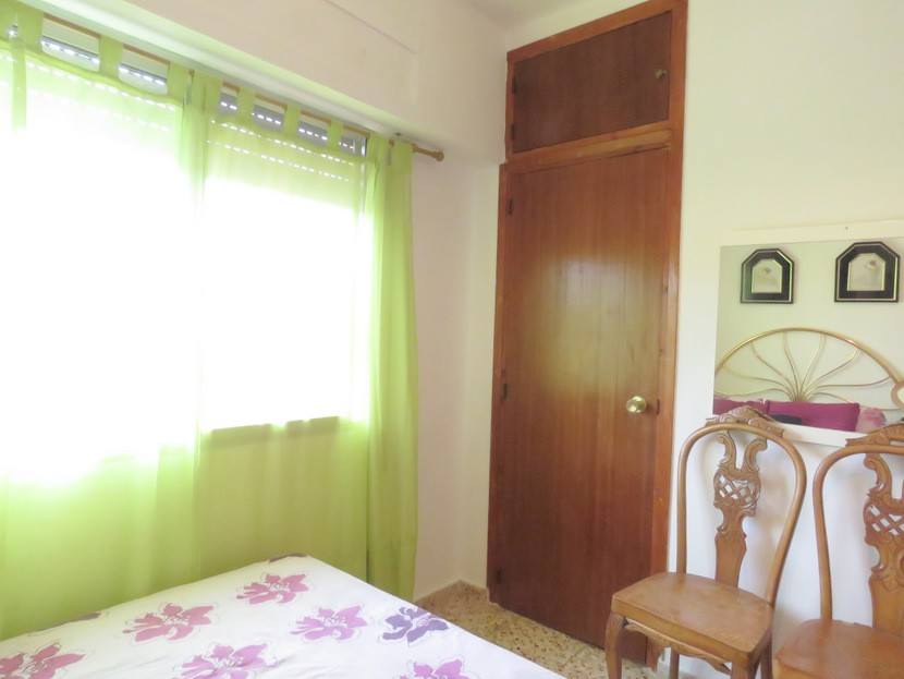 Built in wardrobe  - 5 bed 2 bath Montserra