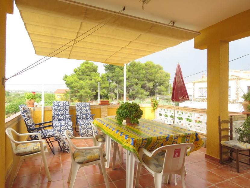 Front terrace  - 5 bed 2 bath Montserra