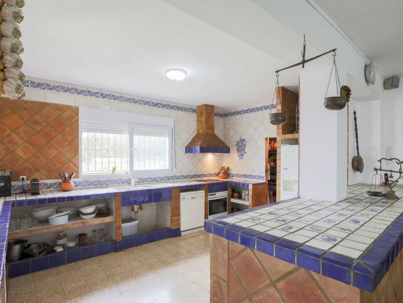 Kitchen - 6 beds 3 baths Torrent