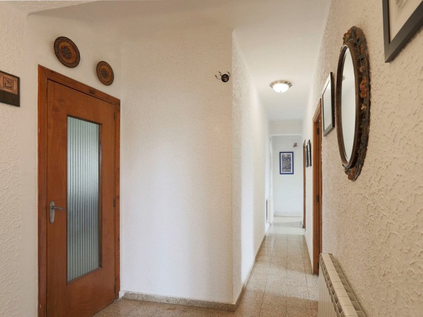 Hallway - 6 beds 3 baths Torrent