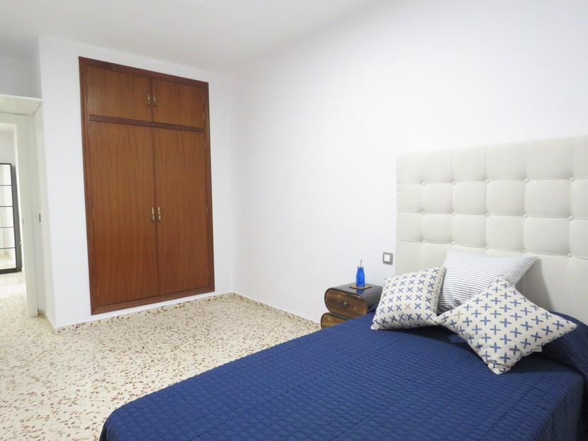 2nd bedroom  - 5 bed 3 bath Chiva