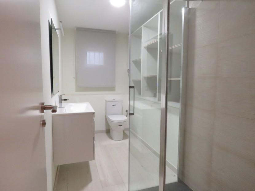 3rd bathroom  - 5 bed 3 bath Chiva