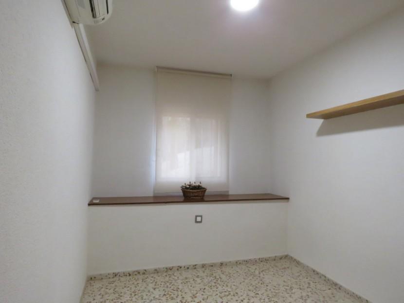 4th bedroom  - 5 bed 3 bath Chiva