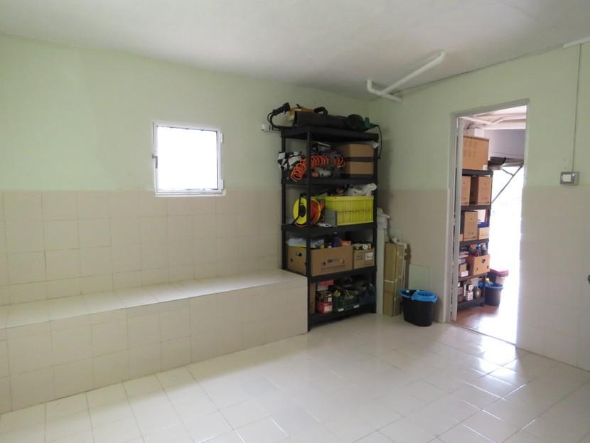 Playroom  - 5 bed 3 bath Chiva