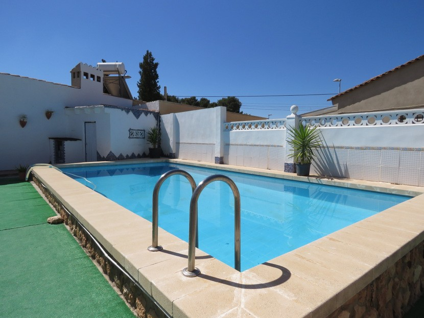 Swimming pool  - 3 bed 1 bath Lliria