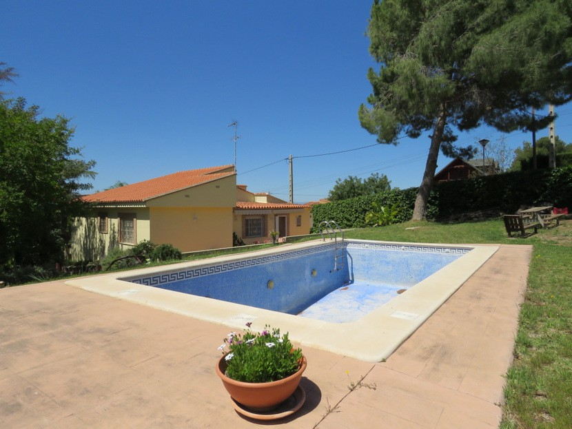 Pool view  - 3 bed 2 bath Olocau