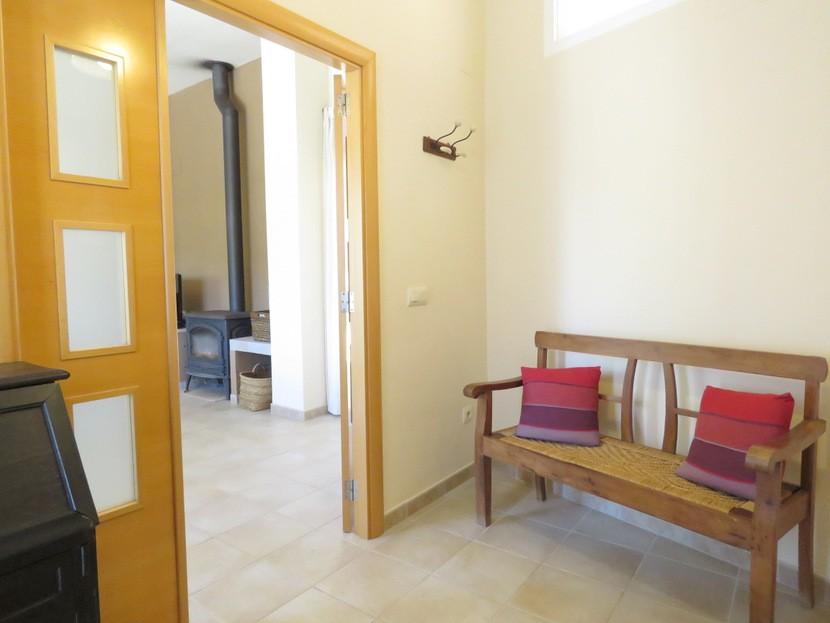 Entrance hall  - 4 bed 2 bath Torres Torres