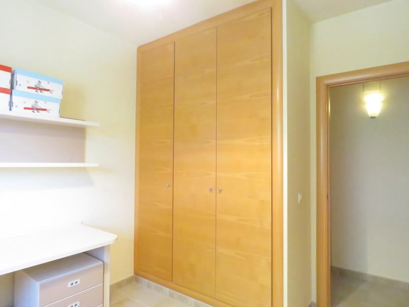 Built in wardrobes  - 4 bed 2 bath Torres Torres