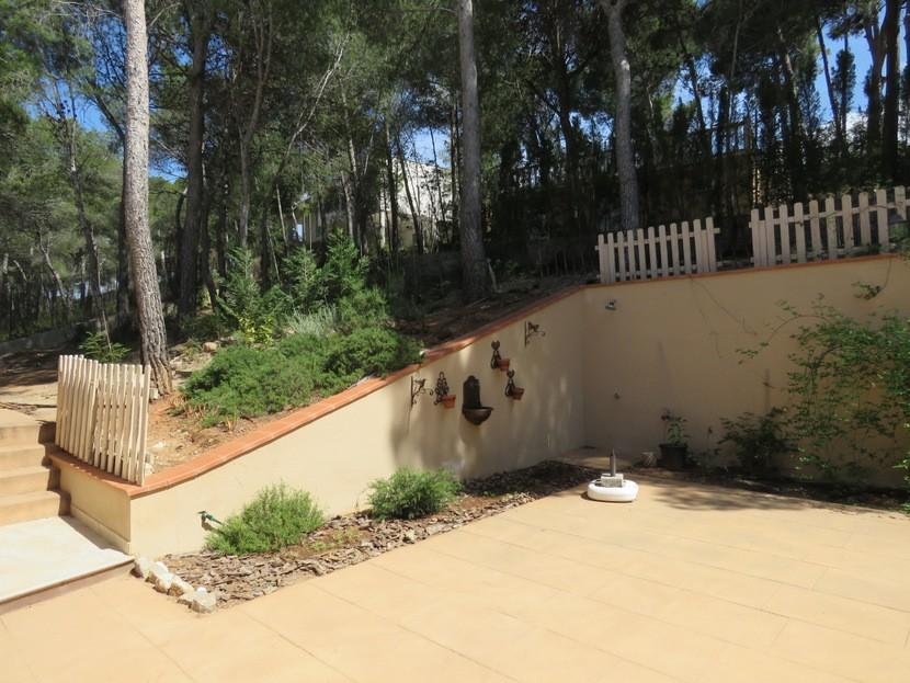 Garden  - 4 bed 2 bath Torres Torres