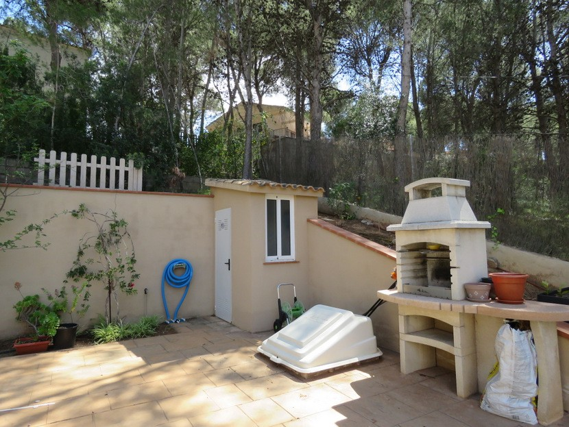 Paellero and outdoor toilet  - 4 bed 2 bath Torres Torres